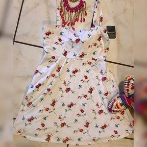 Beautiful floral design dress 👗